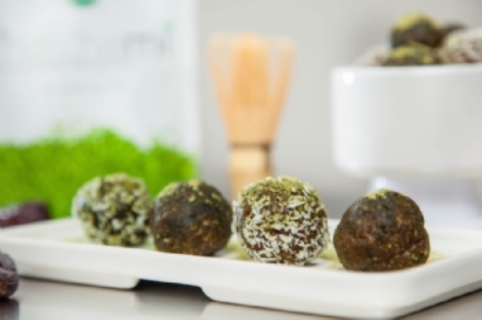 Matcha Raw Energy Balls